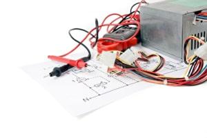 Funktionsprüfung elektronischer Geräte mit Spannungsmesssystemen